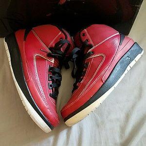 Jordan retro 2 red
